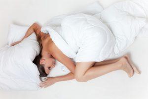 Ein Wärmekissen für den Nacken bringt sofortige Entspannung